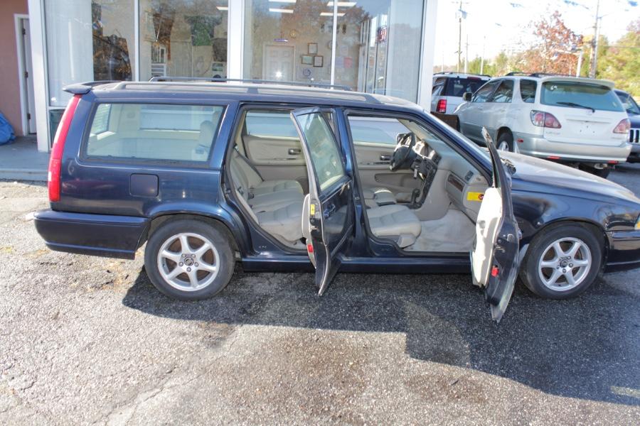 Used Volvo V70 5dr Wgn Auto GLT HT/LR Turbo 1998 | Boss Auto Sales. West Babylon, New York