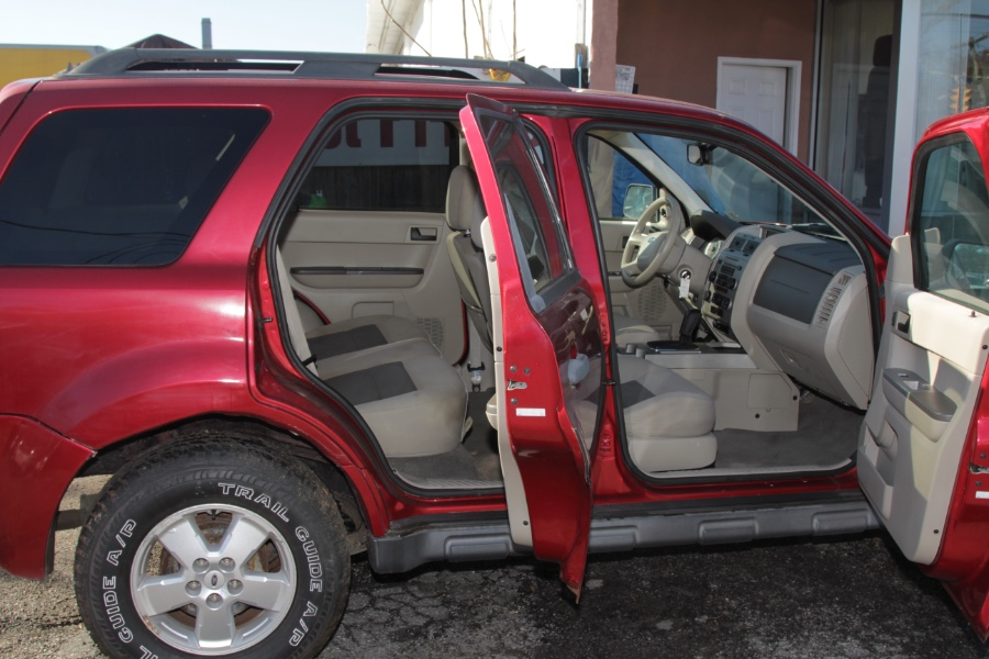 Used Ford Escape 4WD 4dr V6 Auto XLT 2008 | Boss Auto Sales. West Babylon, New York
