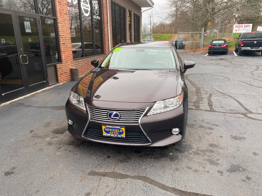 Used 2013 Lexus ES 300h in Middletown, Connecticut | Newfield Auto Sales. Middletown, Connecticut