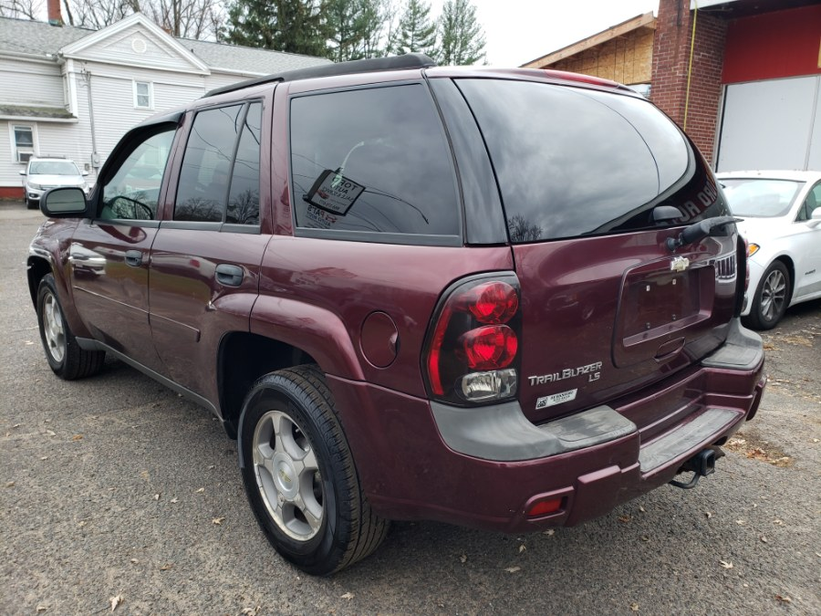 Used Chevrolet TrailBlazer 4WD 4dr LT 2007 | Toro Auto. East Windsor, Connecticut