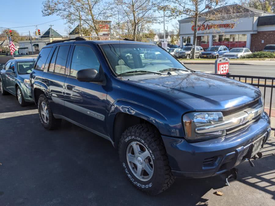 2004 Chevrolet TrailBlazer 4dr 4WD LT, available for sale in Huntington Station, NY