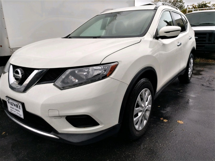 Used Nissan Rogue FWD 4dr S 2016 | Warwick Auto Sales Inc. COPIAGUE, New York