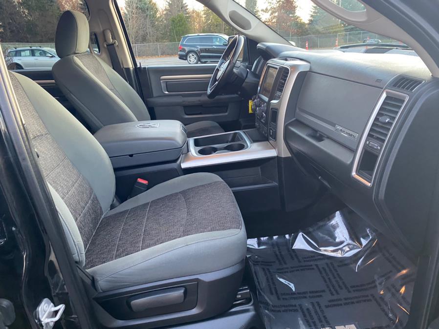 "Used Ram 1500 4WD Crew Cab 140.5"" Big Horn 2016   Tru Auto Mall. Berlin, Connecticut"
