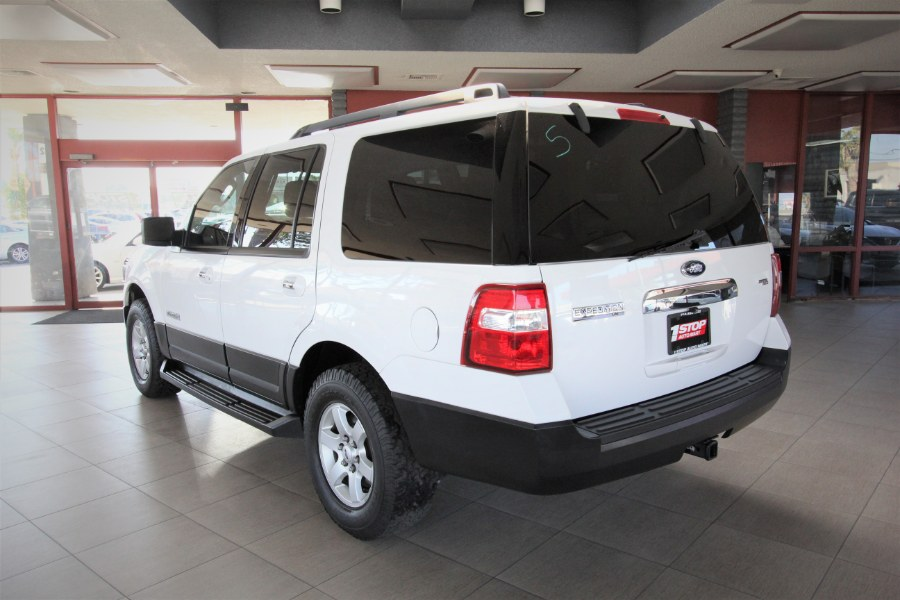 Used Ford Expedition 2WD 4dr XLT 2007 | 1 Stop Auto Mart Inc.. Garden Grove, California