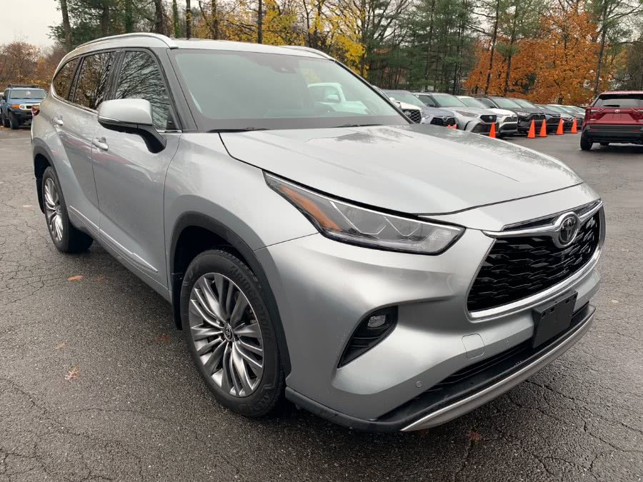Used 2020 Toyota Highlander in Brooklyn, New York | Autoforward Motors Inc.. Brooklyn, New York