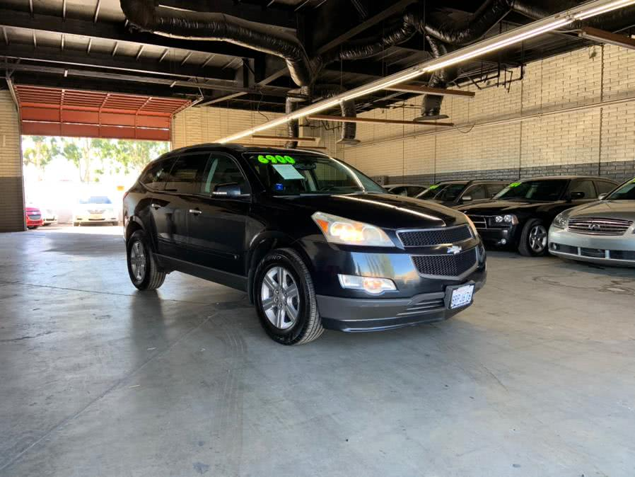 Used 2010 Chevrolet Traverse in Garden Grove, California | U Save Auto Auction. Garden Grove, California