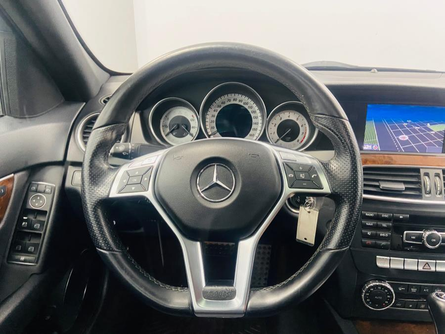 Used Mercedes-Benz C-Class 4dr Sdn C300 Luxury 4MATIC 2013 | East Coast Auto Group. Linden, New Jersey