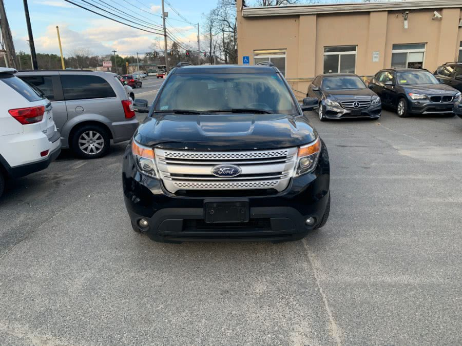 Used Ford Explorer 4WD 4dr XLT 2012 | J & A Auto Center. Raynham, Massachusetts