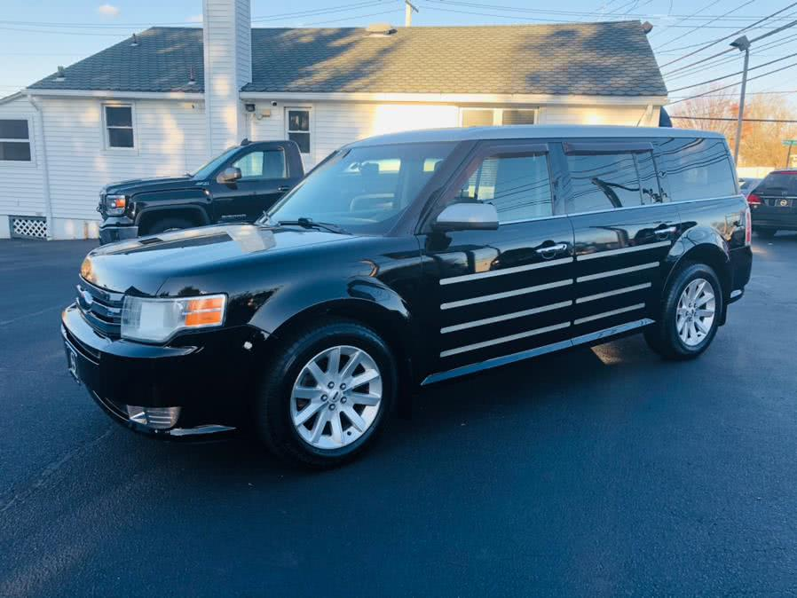 Used 2009 Ford Flex in Milford, Connecticut | Chip's Auto Sales Inc. Milford, Connecticut