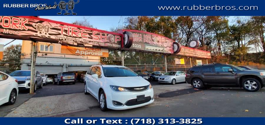 Used 2019 Chrysler Pacifica in Brooklyn, New York | Rubber Bros Auto World. Brooklyn, New York