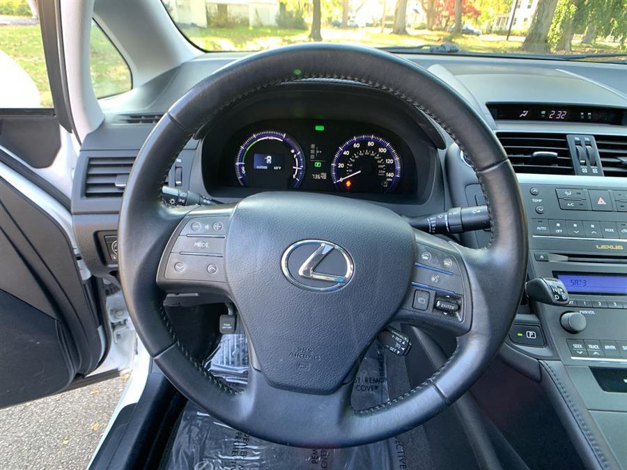 Used Lexus HS 250h 4dr Sdn Hybrid 2012 | Wiz Leasing Inc. Stratford, Connecticut