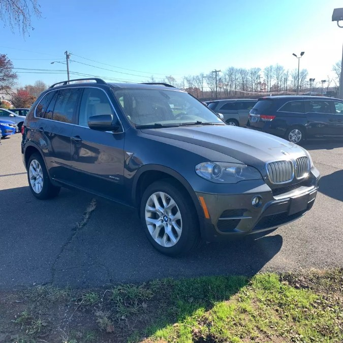 Used BMW X5 35i Premium 2013 | Riverside Motorcars, LLC. Naugatuck, Connecticut