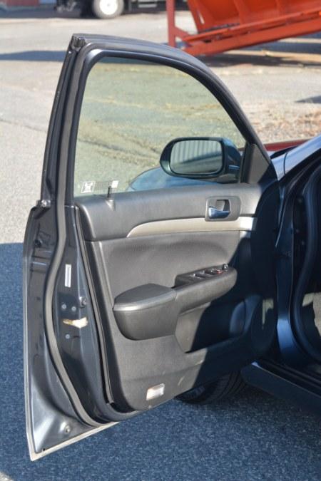 Used Acura TSX 4dr Sport Sdn Manual w/Navigation 2004 | New Beginning Auto Service Inc . Ashland , Massachusetts