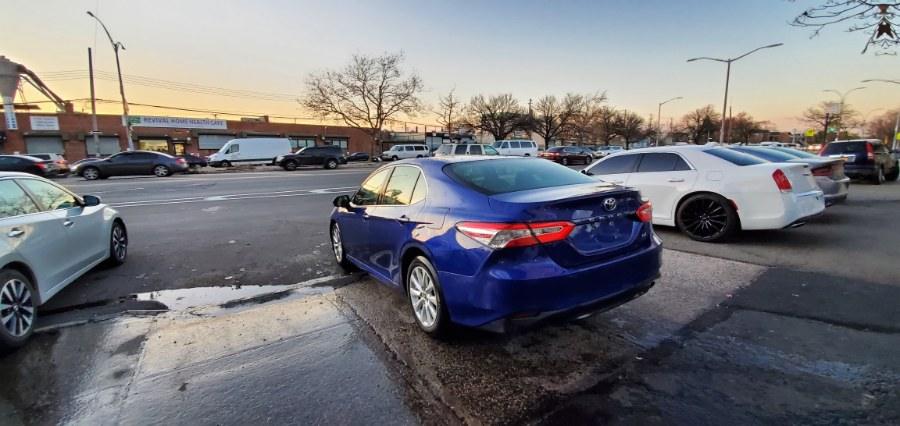 Used Toyota Camry LE Auto (Natl) 2018   Rubber Bros Auto World. Brooklyn, New York