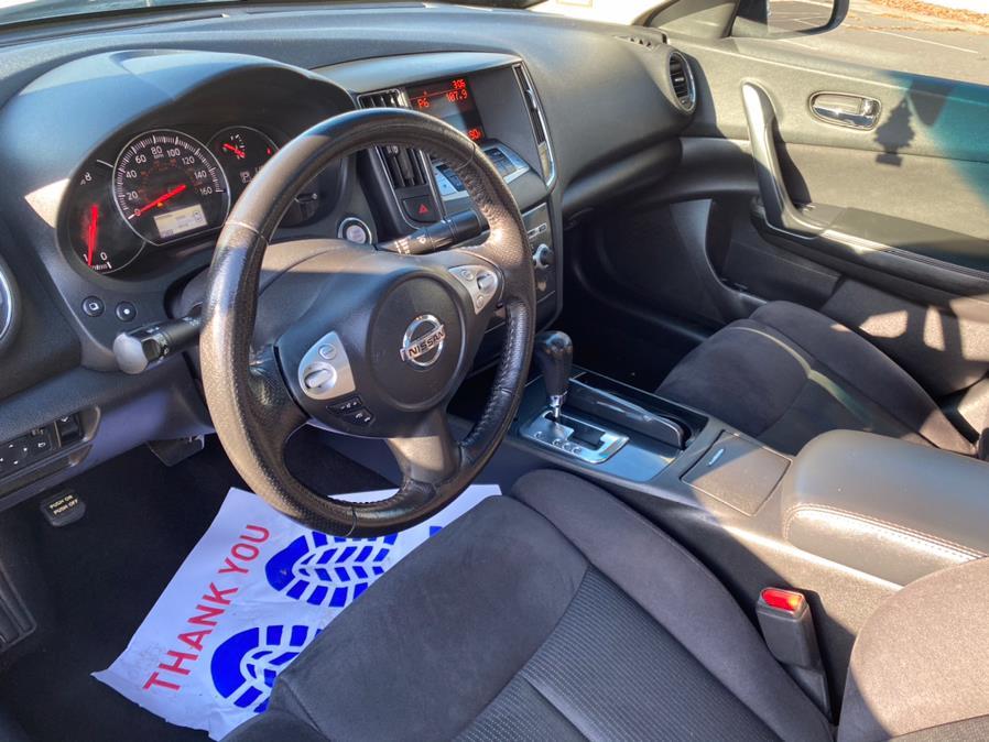 Used Nissan Maxima 4dr Sdn 3.5 SV 2013   CT Auto. Bridgeport, Connecticut
