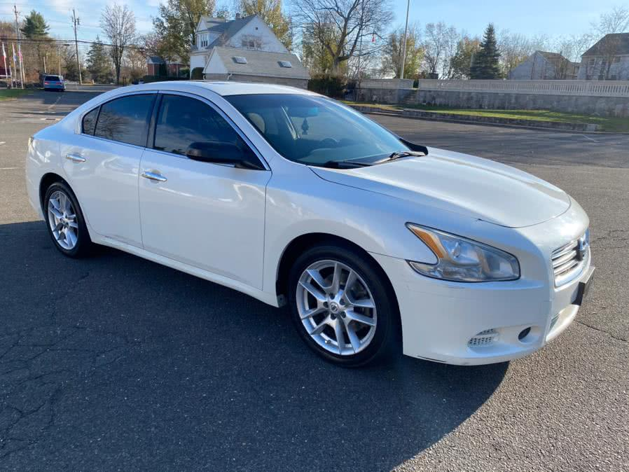 Used 2013 Nissan Maxima in Bridgeport, Connecticut | CT Auto. Bridgeport, Connecticut