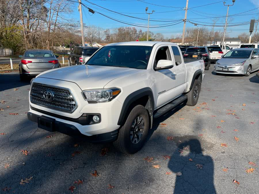 Used 2017 Toyota Tacoma in Islip, New York | Mint Auto Sales. Islip, New York