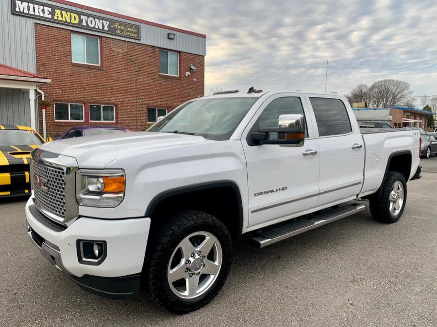 "Used GMC Sierra 2500HD Built After Aug 14 4WD Crew Cab 153.7"" Denali 2015 