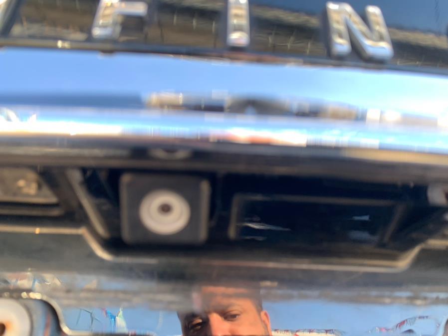 Used INFINITI M37 4dr Sdn AWD 2012   Brooklyn Auto Mall LLC. Brooklyn, New York