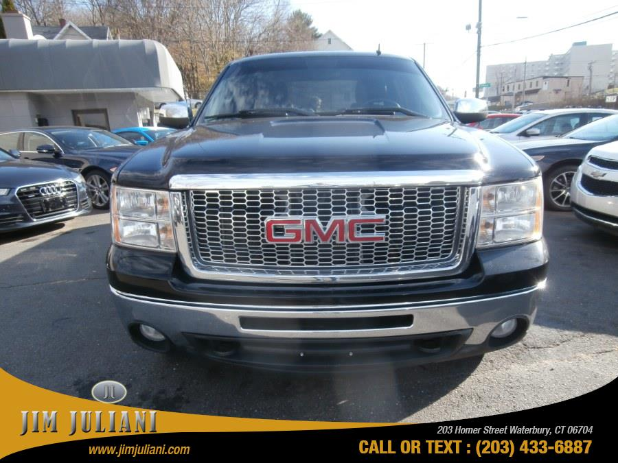 Used 2011 GMC Sierra 1500 in Waterbury, Connecticut | Jim Juliani Motors. Waterbury, Connecticut