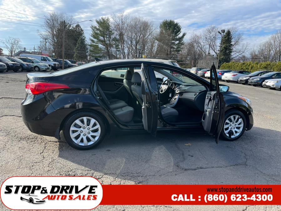 Used Hyundai Elantra 4dr Sdn Man GLS (Alabama Plant) 2013 | Stop & Drive Auto Sales. East Windsor, Connecticut