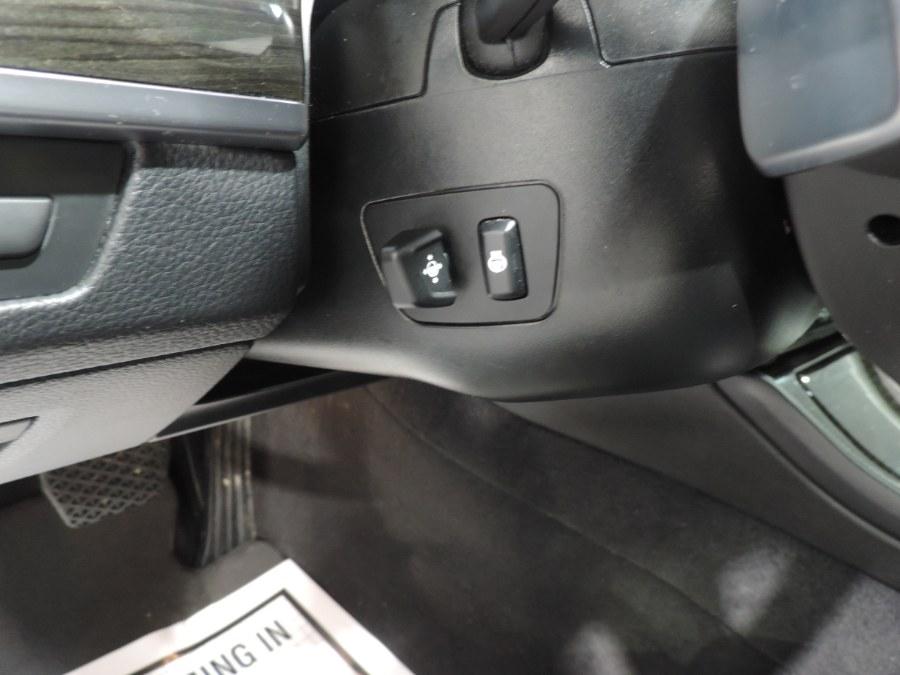 2016 BMW 5-Series 4dr Sdn 535i xDrive AWD Msport photo