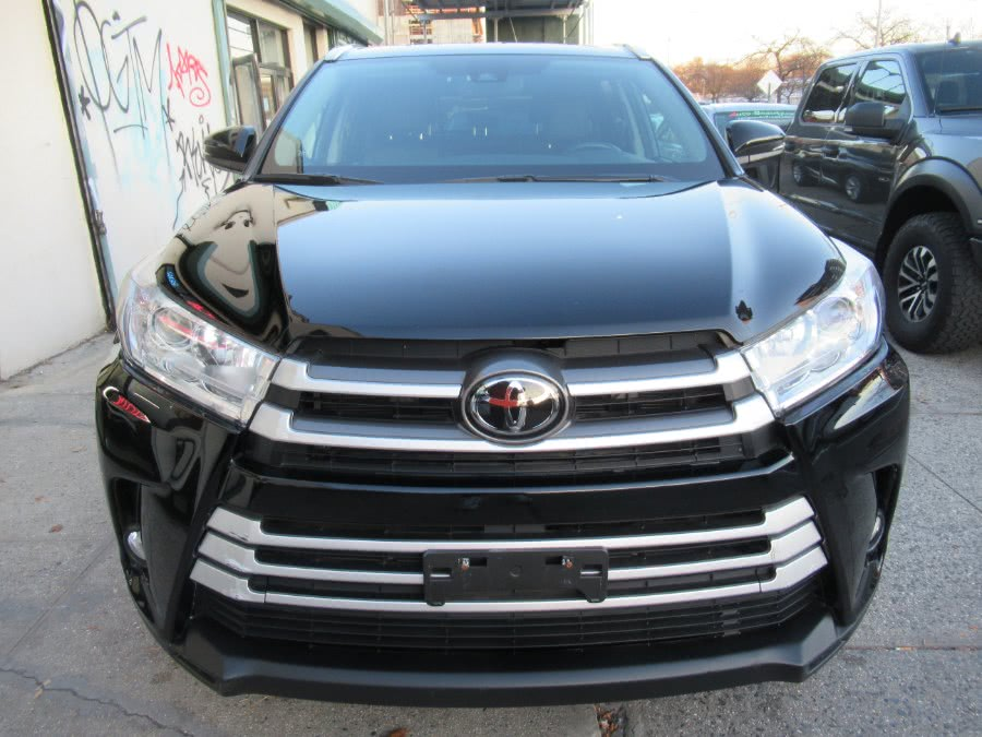 Used 2018 Toyota Highlander in Woodside, New York | Pepmore Auto Sales Inc.. Woodside, New York