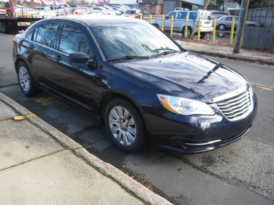 Used Chrysler 200 LX 4dr Sedan 2014 | Rite Choice Auto Inc.. Massapequa, New York