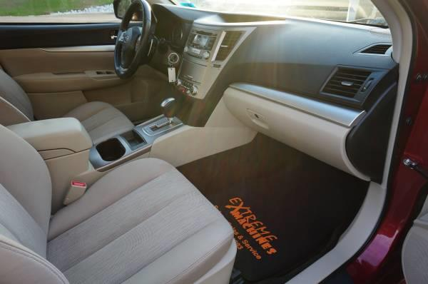 Used Subaru Legacy 4dr Sdn H4 Auto 2.5i Premium 2013 | Extreme Machines. Bow , New Hampshire