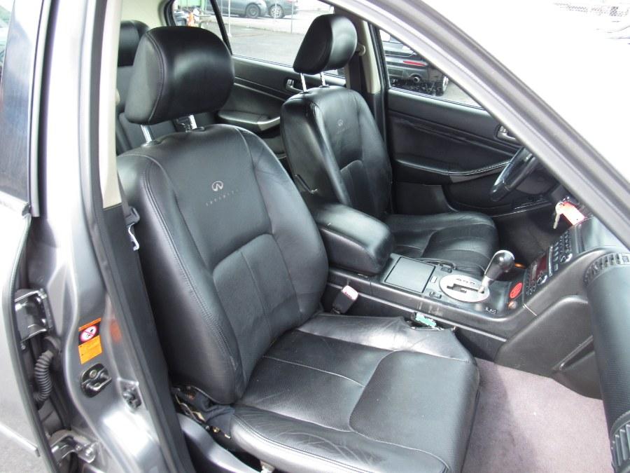 Used Infiniti G35 Sedan 4dr Sdn AWD Auto w/Leather 2004 | NJ Used Cars Center. Irvington, New Jersey