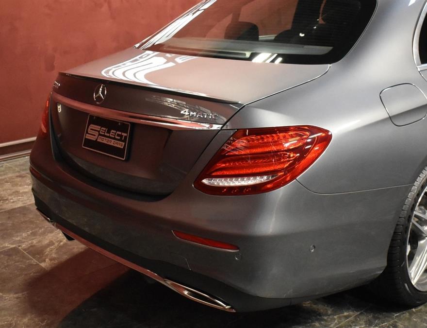 Used Mercedes-benz E-class E 300 4MATIC 2017 | Select Motor Cars. Deer Park, New York
