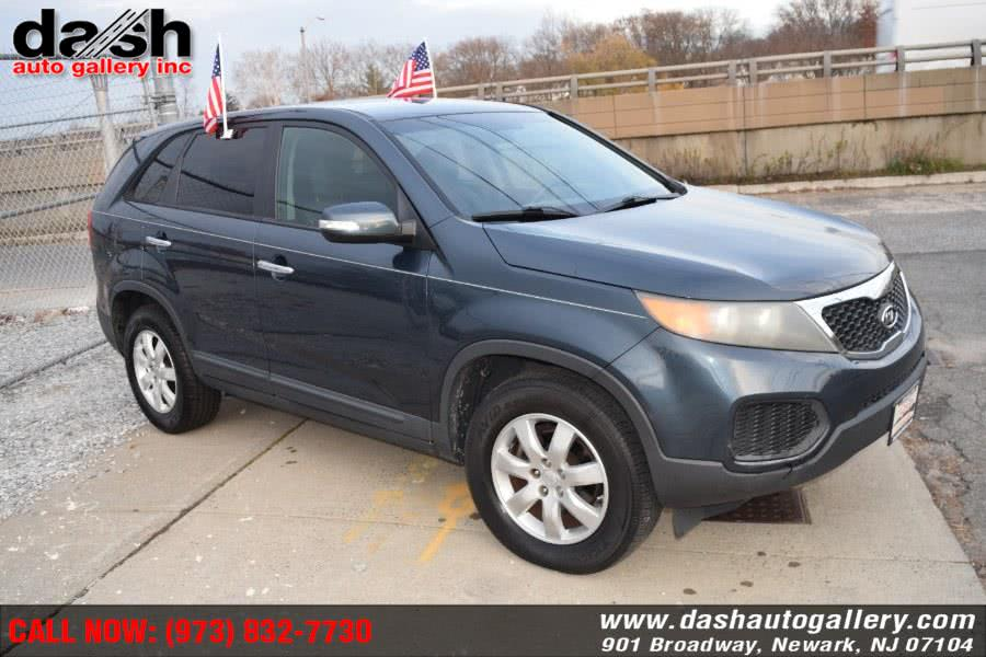 Used Kia Sorento 2WD 4dr I4 Base 2011 | Dash Auto Gallery Inc.. Newark, New Jersey