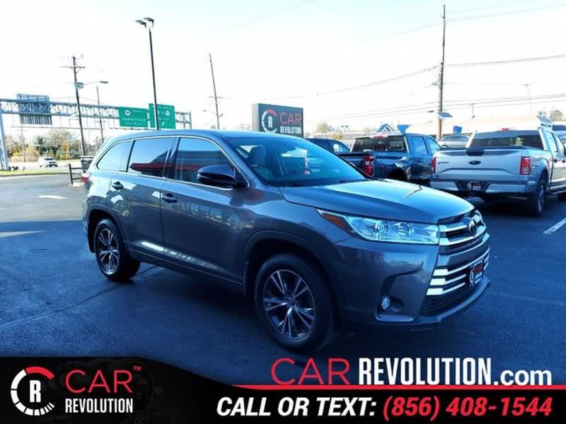 Used 2017 Toyota Highlander in Maple Shade, New Jersey | Car Revolution. Maple Shade, New Jersey