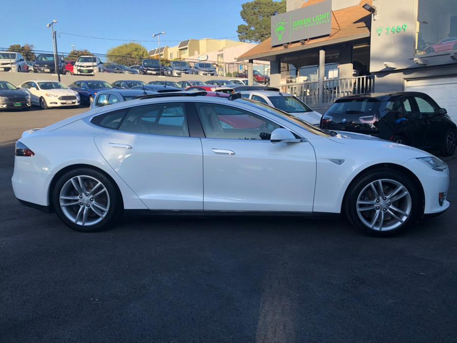 Used Tesla Model S 85 2013 | Green Light Auto Wholesale. Daly City, California