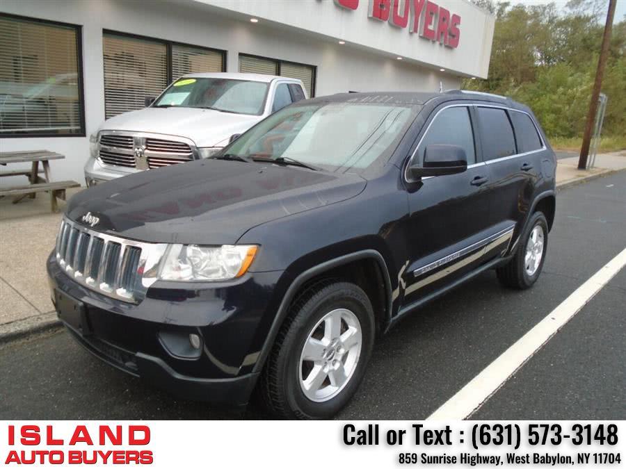 Used Jeep Grand Cherokee Laredo 4x4 4dr SUV 2011 | Island Auto Buyers. West Babylon, New York