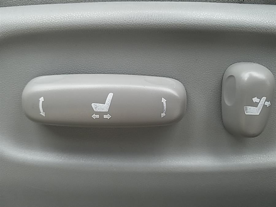 Used Toyota Highlander 4dr V6 4WD Limited w/3rd Row 2004   Chadrad Motors llc. West Hartford, Connecticut