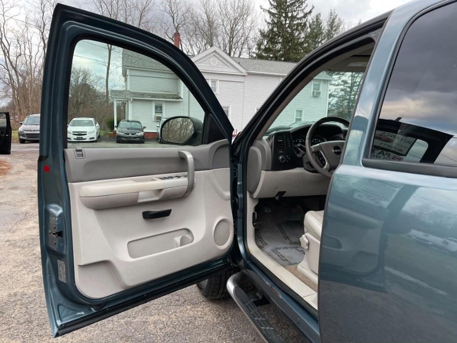 "Used GMC Sierra 2500HD 4WD Ext Cab 157.5"" SLE1 2007 | Toro Auto. East Windsor, Connecticut"