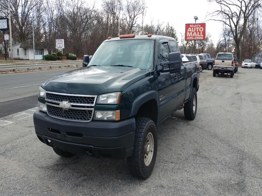 Used 2005 Chevrolet Silverado 2500HD in Chicopee, Massachusetts | Matts Auto Mall LLC. Chicopee, Massachusetts