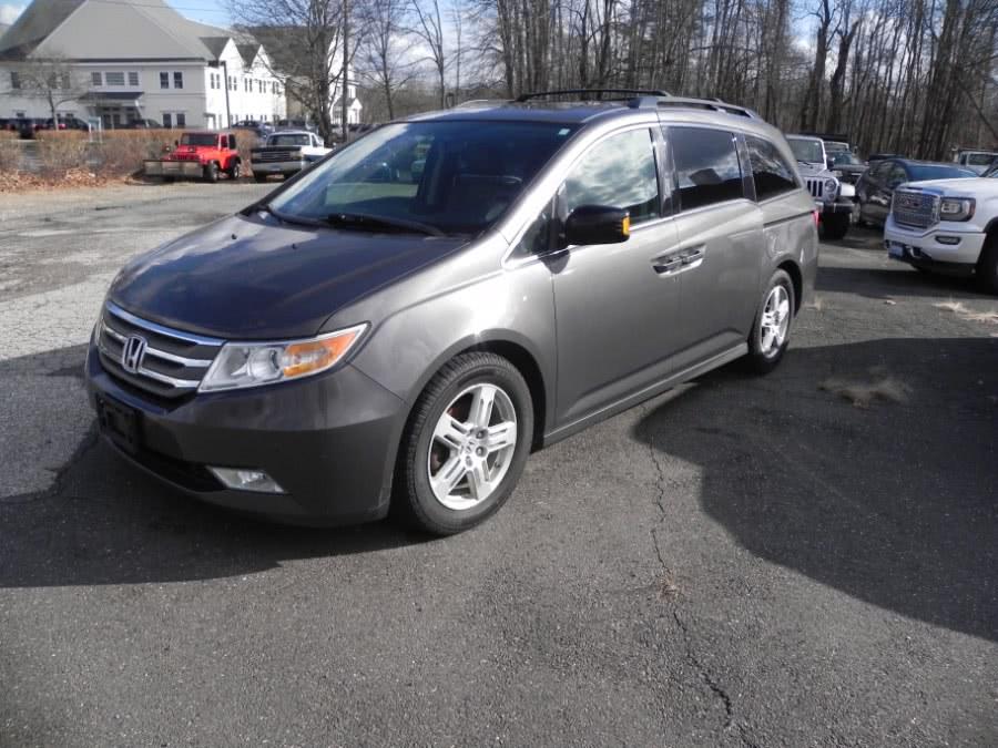 Used Honda Odyssey 5dr Touring Elite 2013 | Marty Motors Inc. Ridgefield, Connecticut
