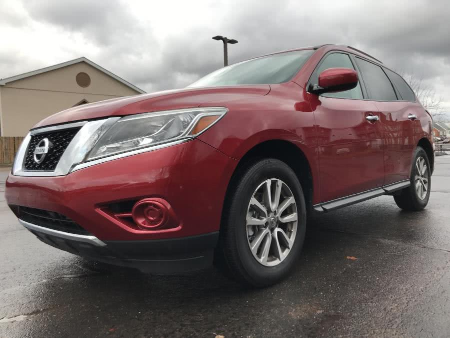 Used Nissan Pathfinder 4WD 4dr S 2016 | Lex Autos LLC. Hartford, Connecticut
