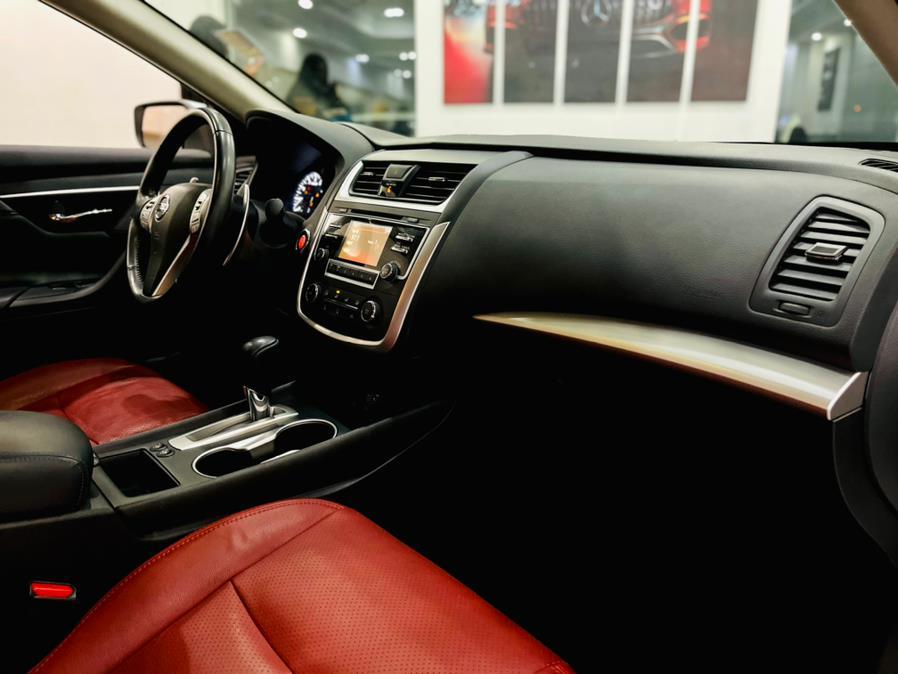 Used Nissan Altima 2.5 SR Sedan 2017 | Luxury Motor Club. Franklin Square, New York