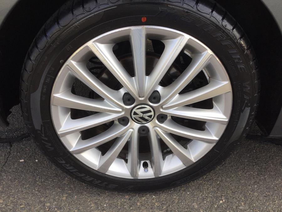 Used Volkswagen Jetta Sedan 4dr Auto SEL w/Sunroof PZEV 2011 | L&S Automotive LLC. Plantsville, Connecticut