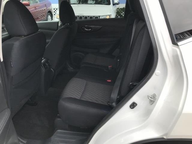 Used Nissan Rogue SV 2017   Hillside Auto Outlet. Jamaica, New York