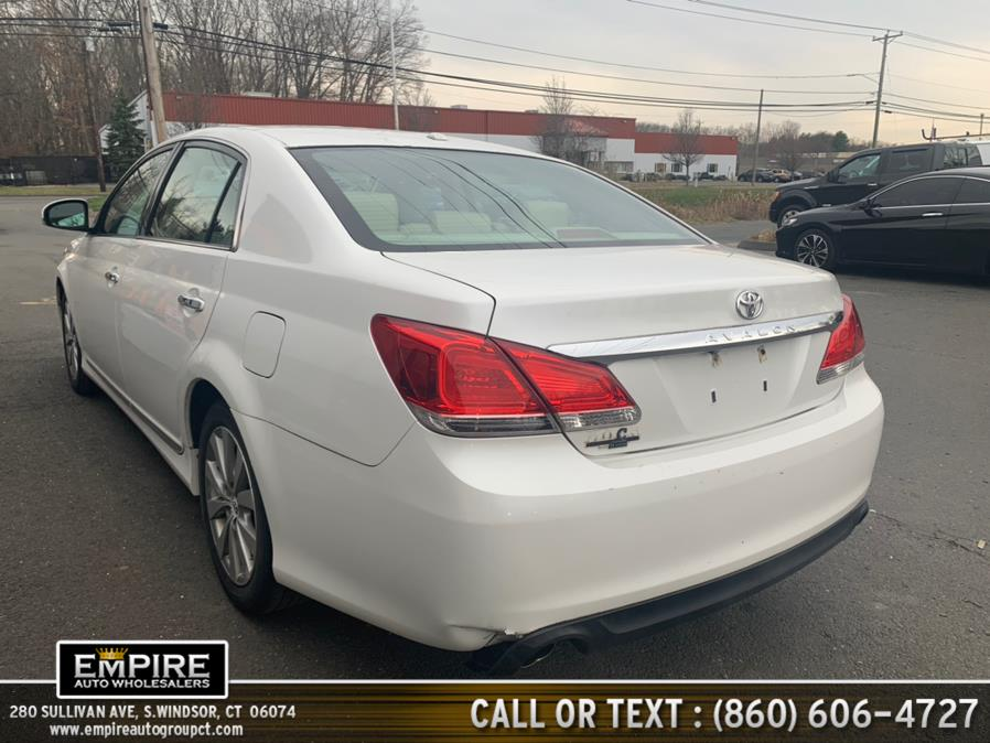 Used Toyota Avalon 4dr Sdn 2011 | Empire Auto Wholesalers. S.Windsor, Connecticut