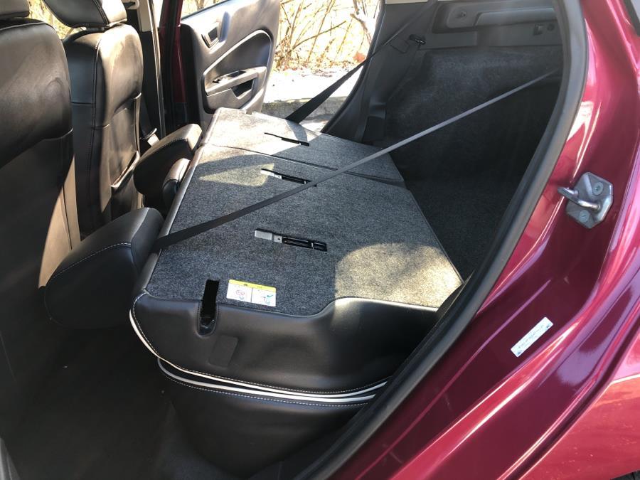 Used Ford Fiesta 5dr HB SES 2011 | Wholesale Direct Motors. Beavercreek, Ohio