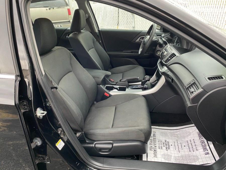 Used Honda Accord Sedan 4dr I4 CVT LX 2015 | Carmatch NY. Bayshore, New York