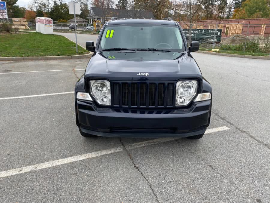 Used 2011 Jeep Liberty in Swansea, Massachusetts | Gas On The Run. Swansea, Massachusetts