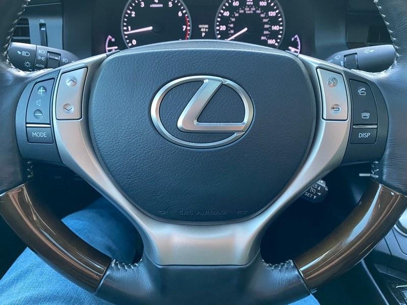 Used Lexus ES 350 4dr Sdn 2014 | Union Street Auto Sales. West Springfield, Massachusetts