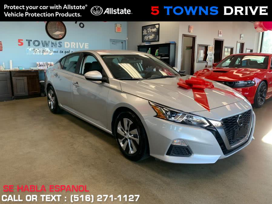 Used Nissan Altima 2.5 SV Sedan 2020 | 5 Towns Drive. Inwood, New York
