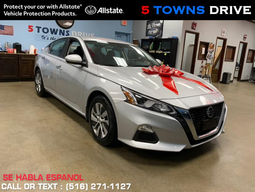 Used Nissan Altima 2.5 S Sedan 2019 | 5 Towns Drive. Inwood, New York